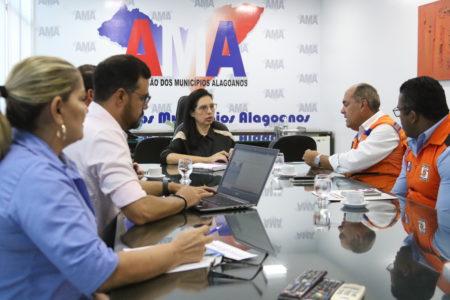 AMA e Defesa Civil marcam início da Operação Água É Vida