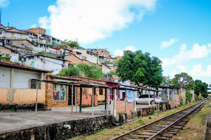 Prefeitura inicia cadastro de moradores da encosta do Mutange e Jardim Alagoas
