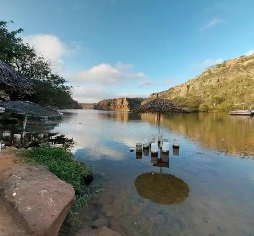 Turismo: Obra de acesso à prainha da Dulce está 80% concluída