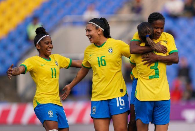 Seleção feminina encerra a temporada 2019 com vitória