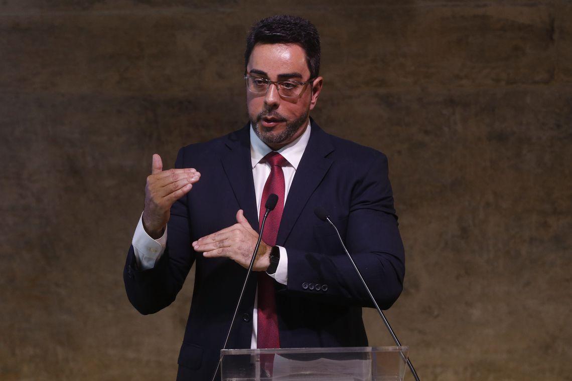 Bretas libera mais de R$ 660 milhões apreendidos na Lava Jato