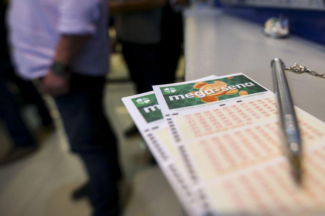 Mega-Sena acumula e próximo concurso deve pagar R$ 70 milhões