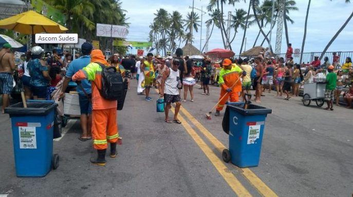 95 toneladas de resíduos foram retirados das ruas após o carnaval