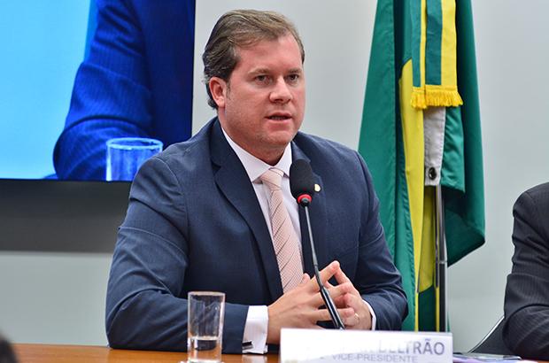 Marx Beltrão defende implementação de linhas de crédito para trabalhadores rurais